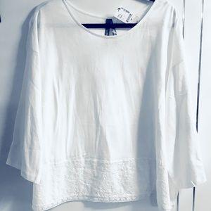 Plus 4X white Eyelet Border 3/4 Sleeve T-shirt